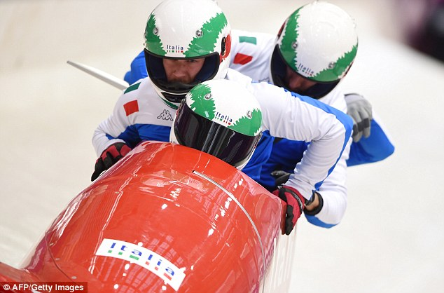 Bobsleighing italy
