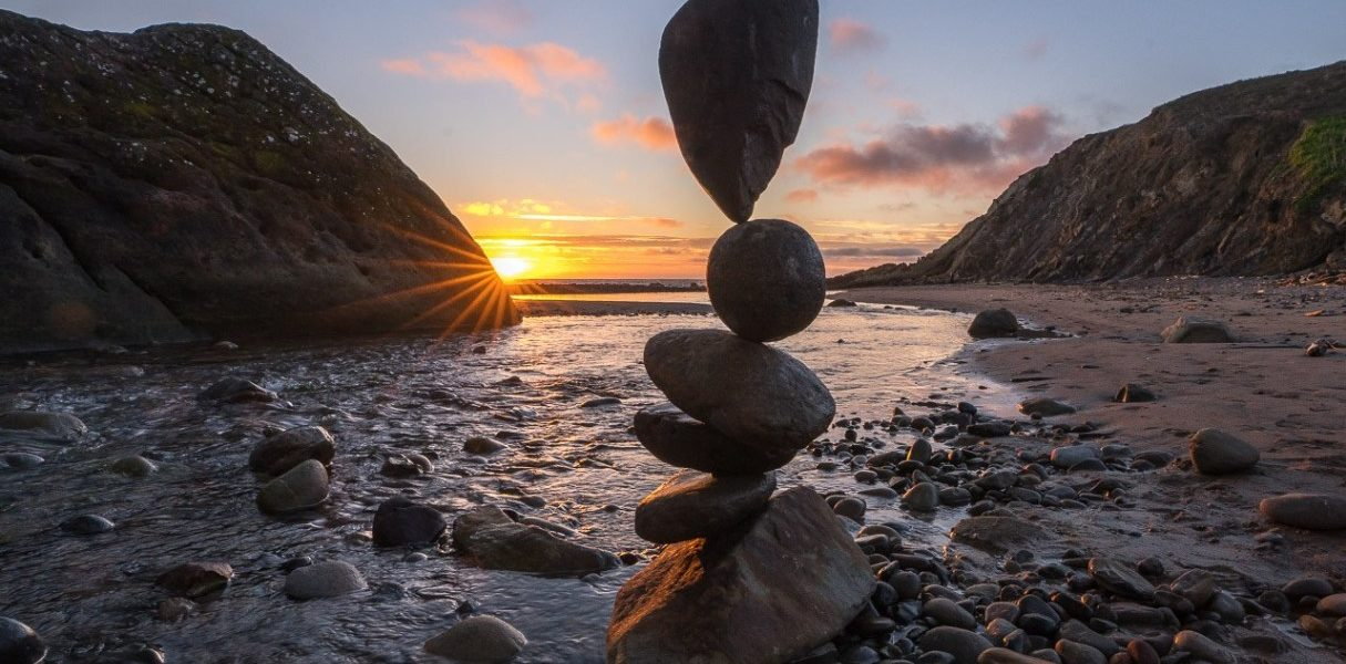 Gravity-Defying Stone Balancing Art